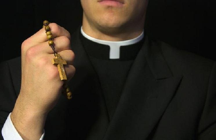 Kościół katolicki w Australii: Celibat może być przyczyną molestowania dzieci
