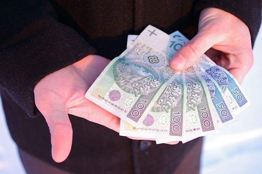 Wynagrodzenia w polskich firmach o 40% mniejsze niż w zagranicznych