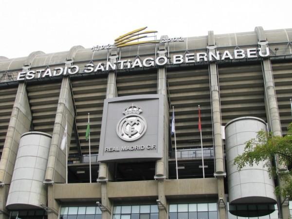 Real Madryt zmieni nazwę stadionu na Abu Dhabi Bernabeu?