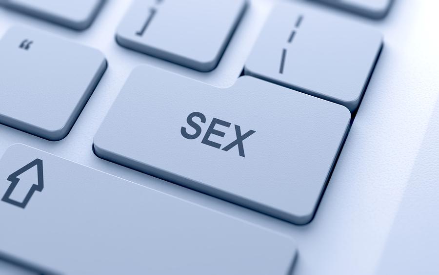 Urząd Skarbowy: Internetowa prostytucja to biznes. Potrzebna kasa fiskalna