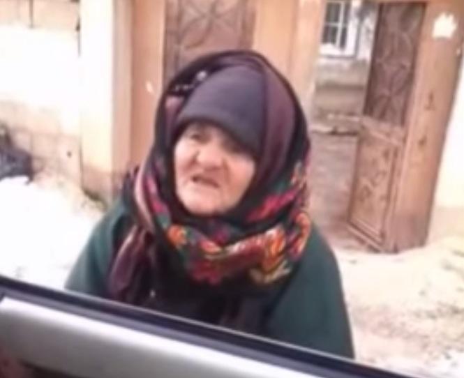 Nowy viral.  Sędziwa muzułmanka prosto w twarz krytykuje islamskich terrorystów