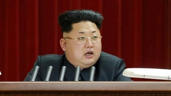 Świat wyśmiewa nową fryzurę Kim Dzong Una