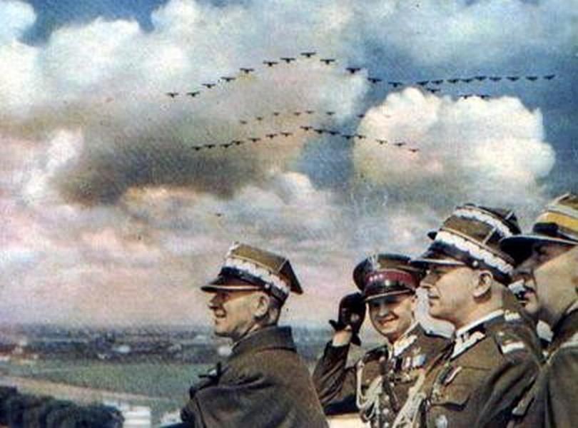Lot Ikara – rozwój lotnictwa polskiego w latach 1926-1939