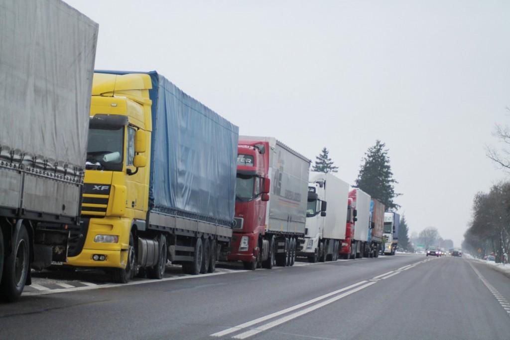 Protest polskich przewoźników. Ponad 1000 kierowców zablokuje polskie drogi