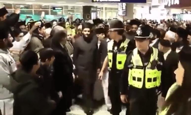 Anglia: Muzułmanie witają kaznodzieję. Szokujące krzyki wiernych
