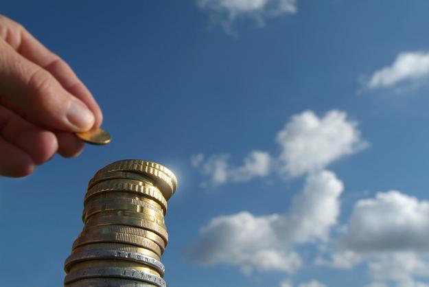 Związkowcy przeciwni zmniejszeniu wysokości obowiązkowych składek emerytalnych