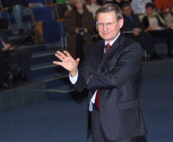 Balcerowicz wróci do polityki. Ma powstać nowa partia, chce zmniejszyć przywileje