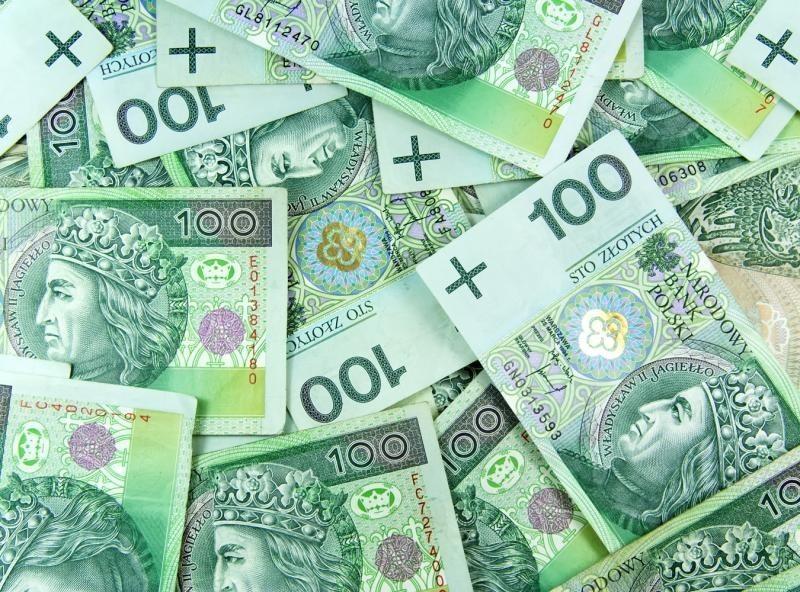 Ponad połowa Polaków za podniesieniem podatków dla najbogatszych