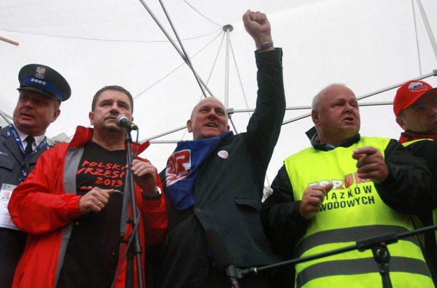 Związkowcy będą protestować przeciwko umowom śmieciowym i zamrożonym płacom w budżetówce