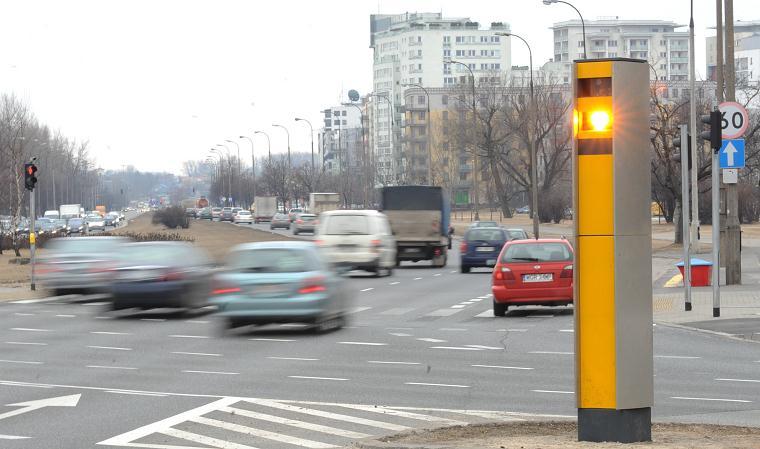 Będzie więcej fotoradarów na polskich drogach. Dodatkowe 100 urządzeń do końca czerwca