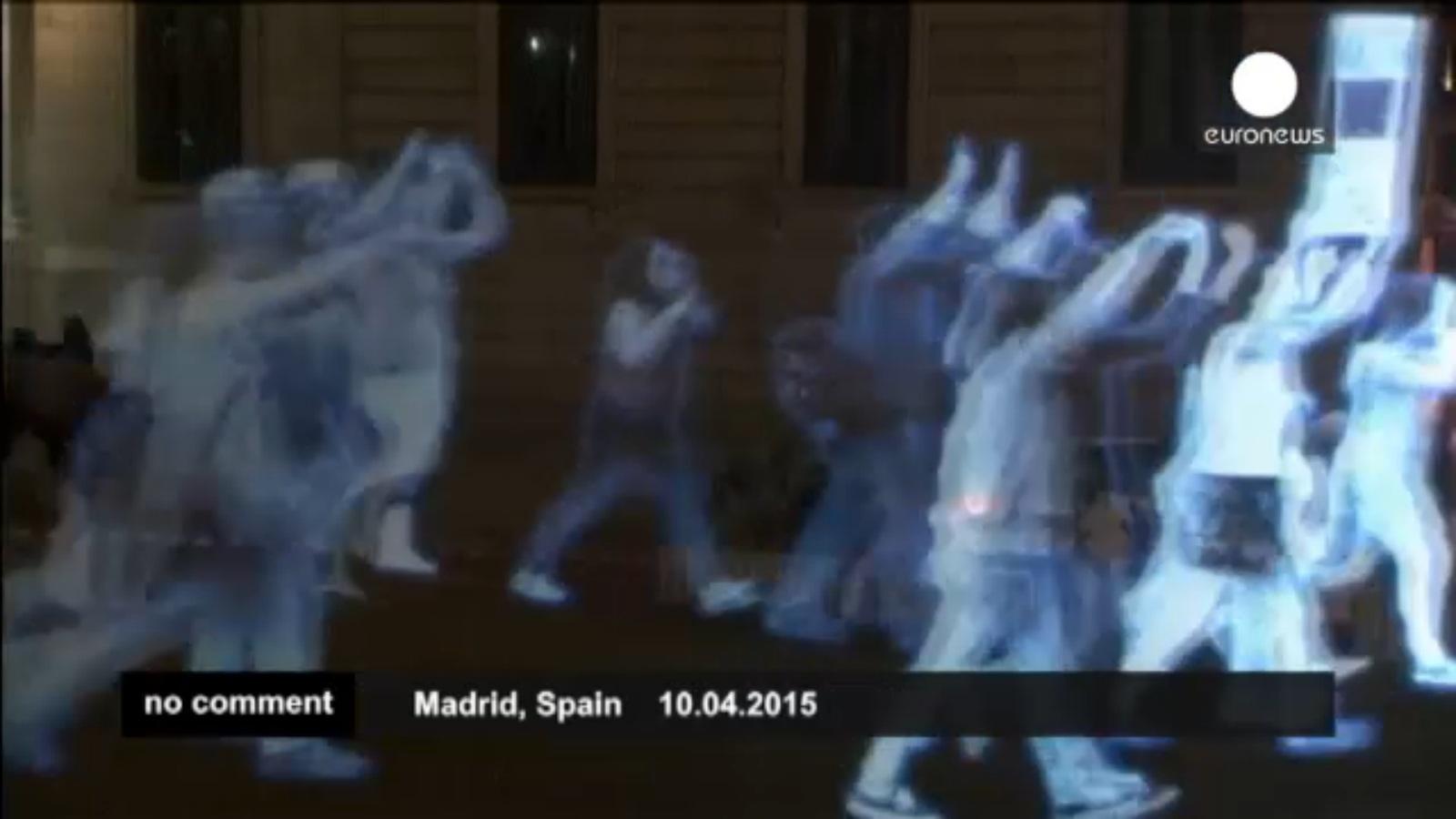 """""""Protest duchów"""" w Madrycie. Hiszpanom nie podoba się nowe prawo"""