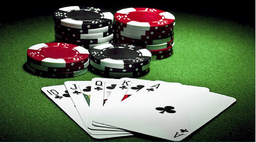 Ministerstwo Finansów chce ograniczyć wolność w internecie, chodzi o pokera i bukmacherkę