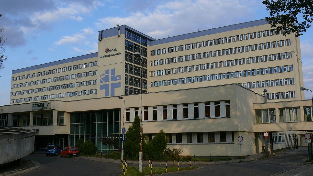 Szokujące dane o pracy polskich lekarzy. 100 godzin powyżej normy