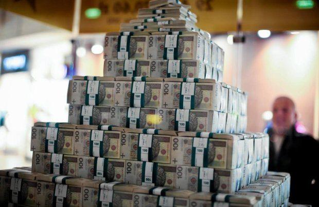 Zadłużenie Polski wzrosło o 74 600 000 000 złotych