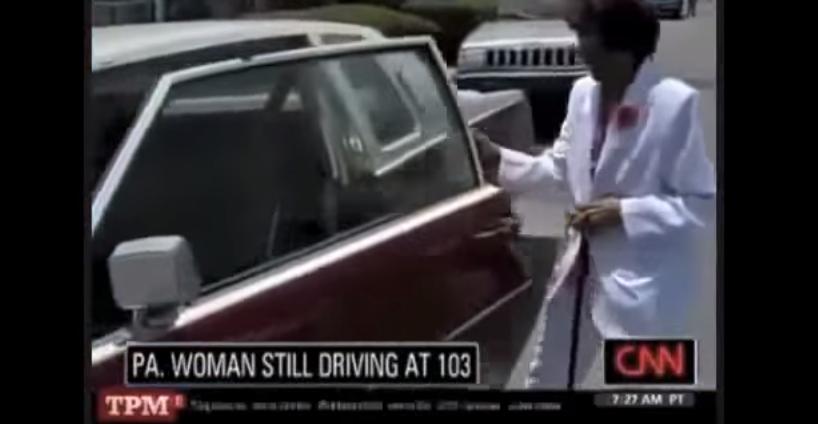 """ZPO#15: Wpadka CNN. Przy 103-latce włączył się rap """"100% nigga"""" (video)"""