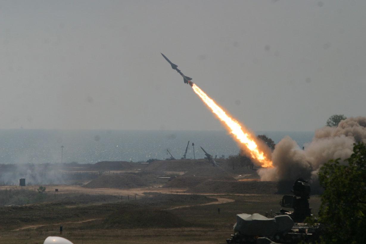 Iran stworzył grę, w której niszczy się Izrael