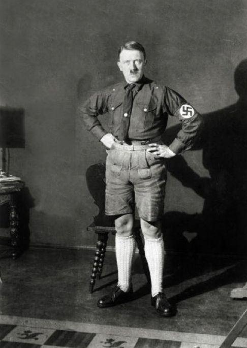 Żonglowanie Hitlerem.