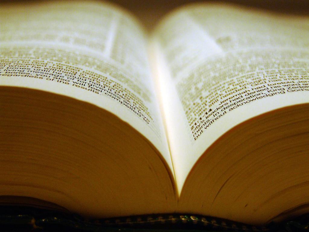 """Homoseksualista chciał 70 mln, bo """"fragment Biblii zniszczył mu życie"""""""