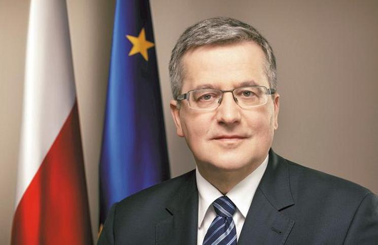 Komorowski ogłosił datę wyborów parlamentarnych, powoła też instytut swojego imienia