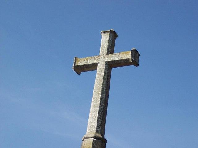 Francja: Merowie chcą zabronić znaku krzyża