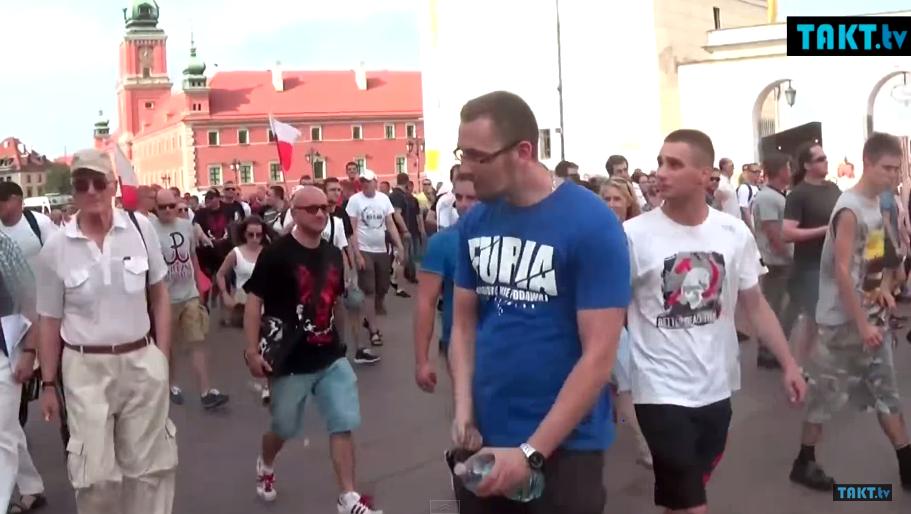 Narodowcy na proteście zwyzywali fanów AC/DC od kur*w (video)