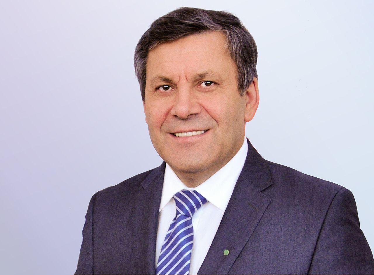 Piechociński zamierza zmontować po wyborach koalicję PO-PiS-PSL