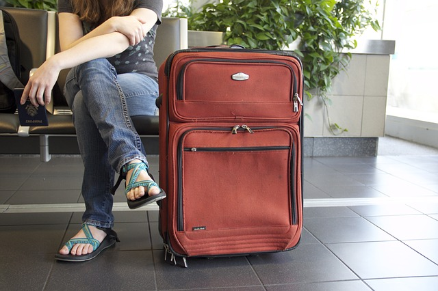 Prawie połowa studentów zamierza wyemigrować z Polski