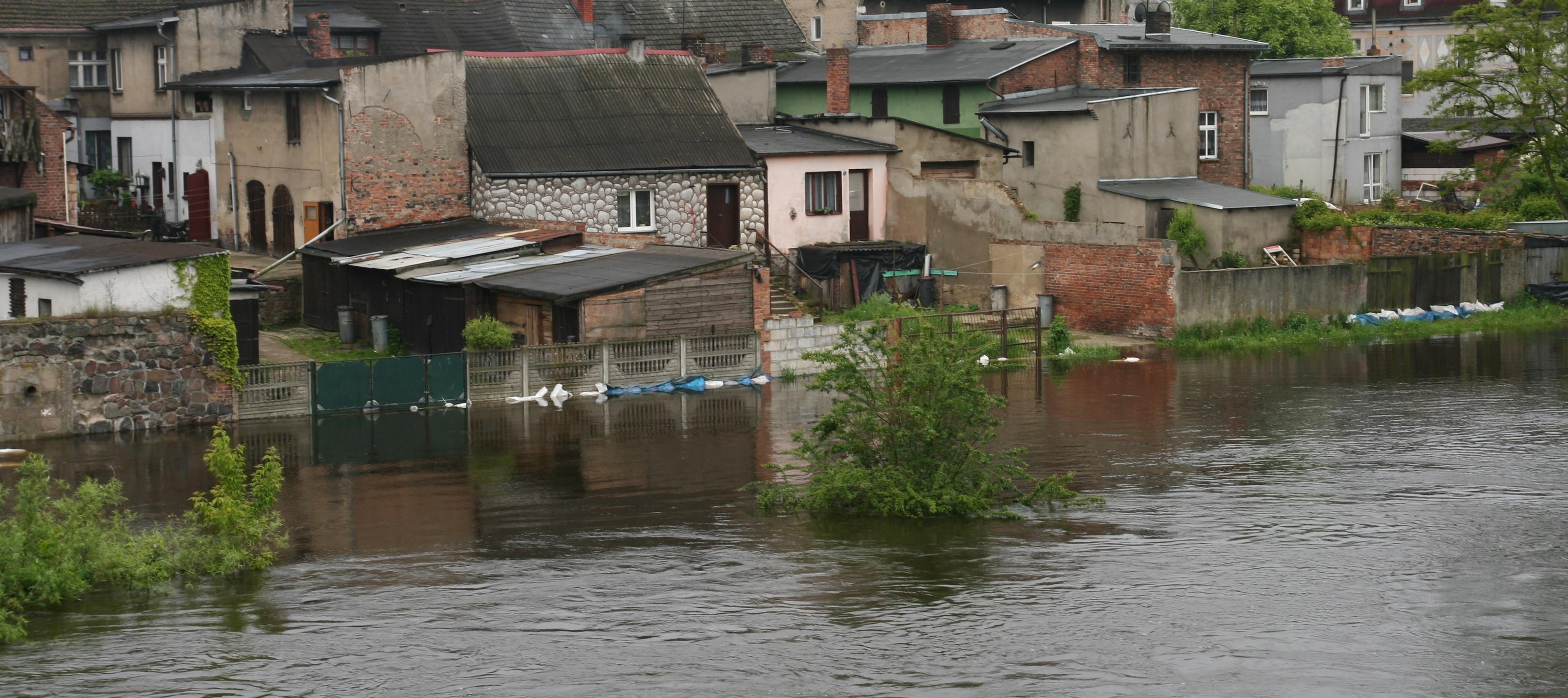 Urzędniczy absurd. W ramach przeciwdziałania powodzi zmienili definicję stanu alarmowego