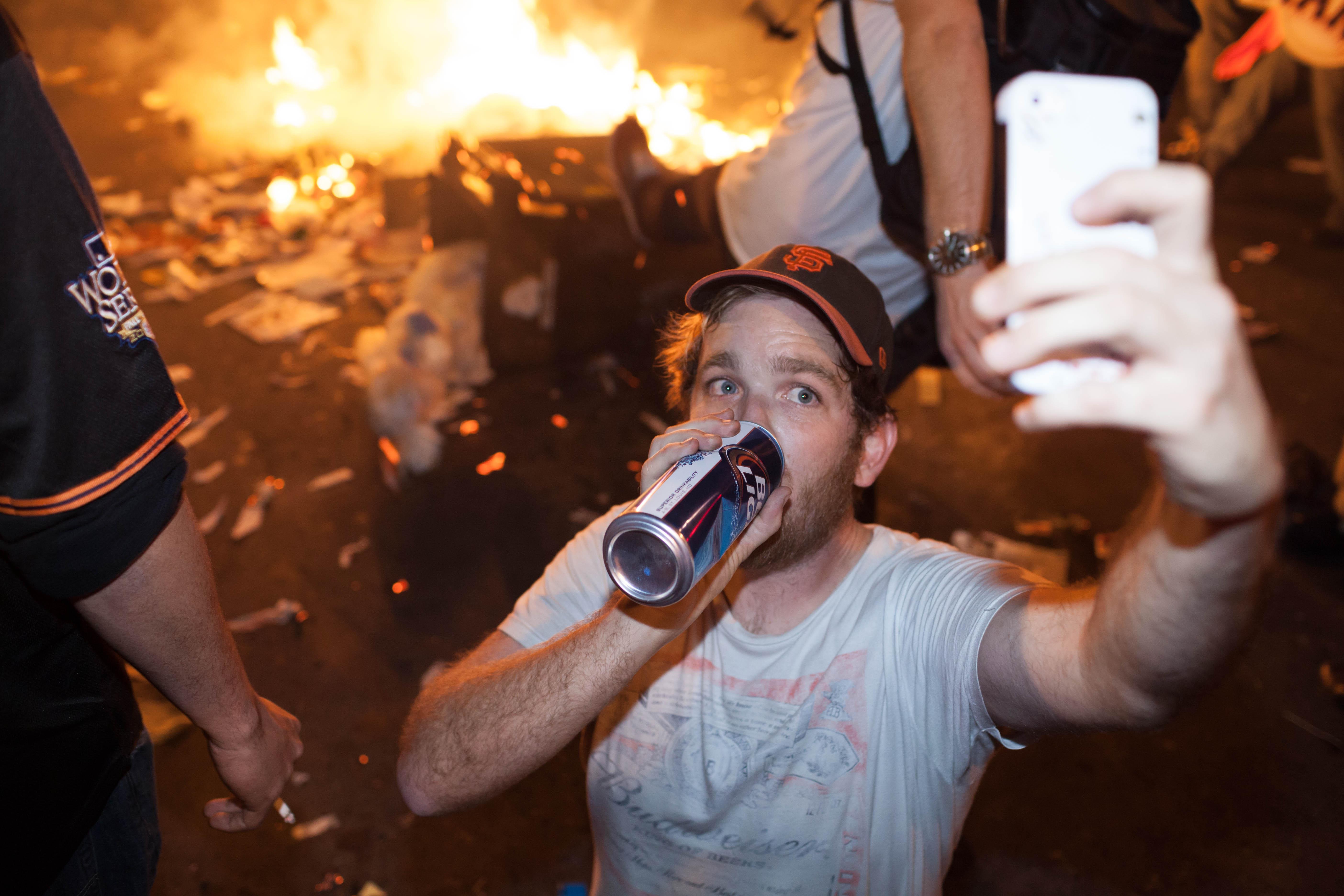 Rosja walczy z selfie, bo giną od nich ludzie
