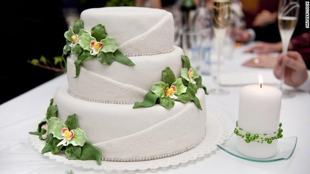 Cukiernia nie zrobiła tortu dla lesbijek, kara zniszczyła ich biznes