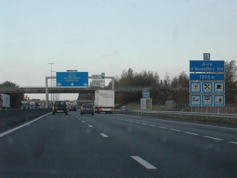 Romowie zablokowali francuską autostradę. Żądają uwolnienia aresztowanego