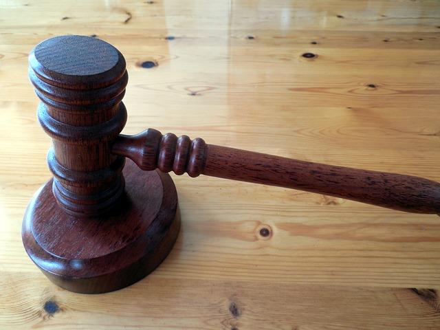 Zabójca Pershinga otrzyma odszkodowanie za areszt