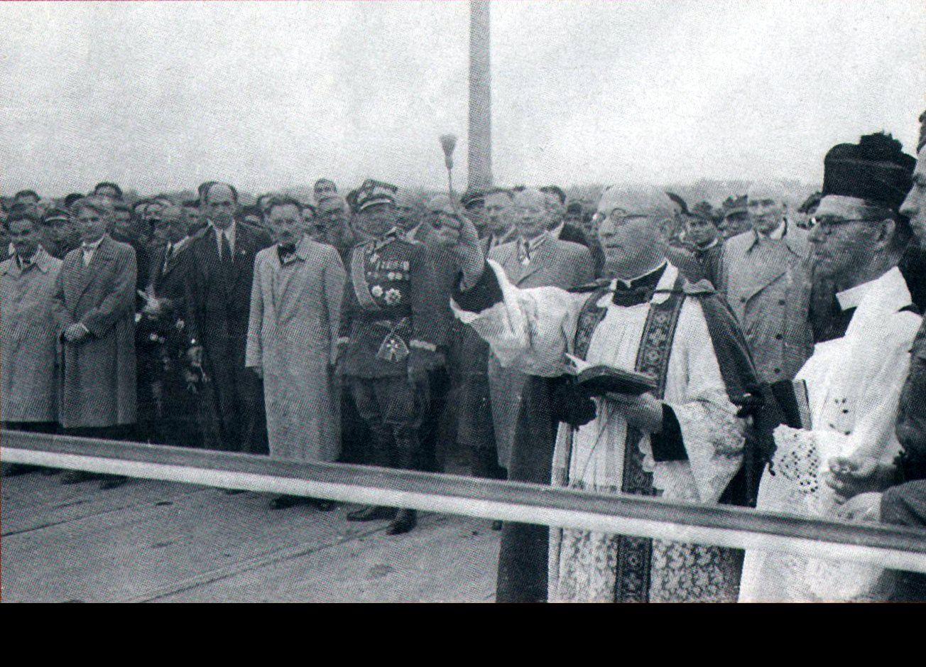 """PRL i komunizm, czyli rzecz o """"dekomunizacji"""""""