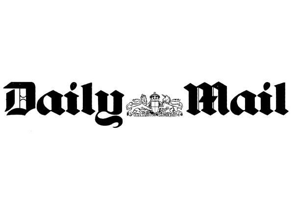 """Brytyjska prasa znowu pisze o """"polskich obozach"""" i """"dobrych"""" esesmanach"""