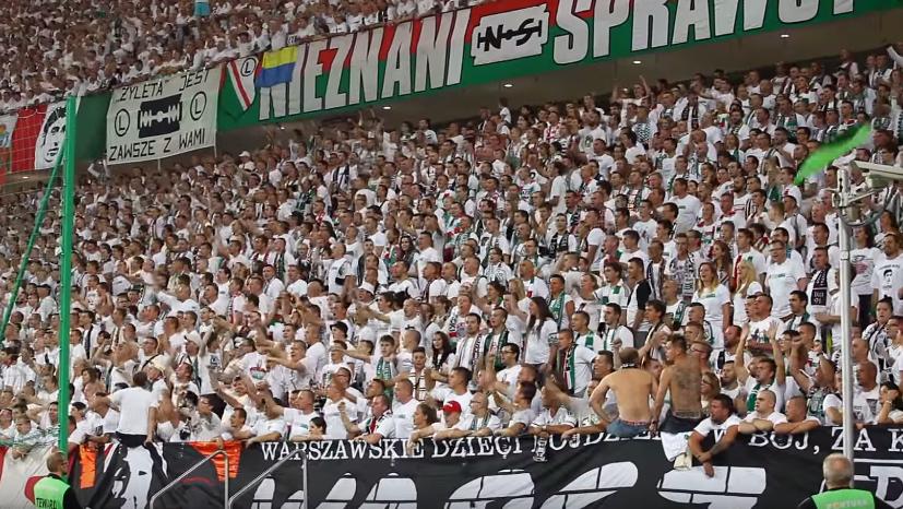 """Ostry doping na Legii. """"Je$ać UPA"""", """"Bandera kawał frajera"""" (video)"""