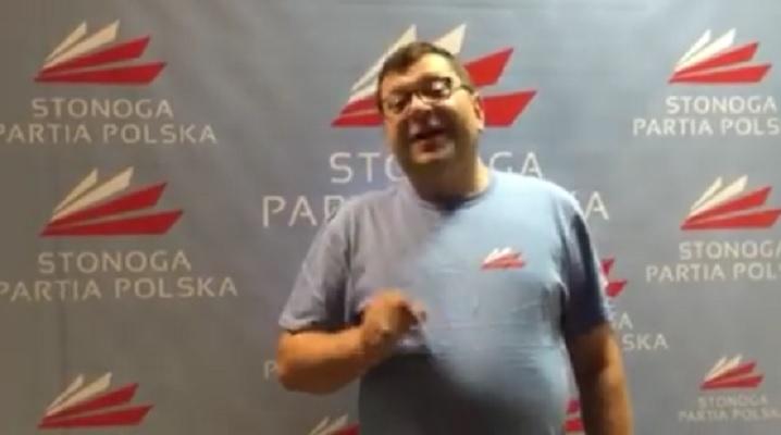 Stonoga sprzedaje koszulki po 1 tys. złotych za sztukę