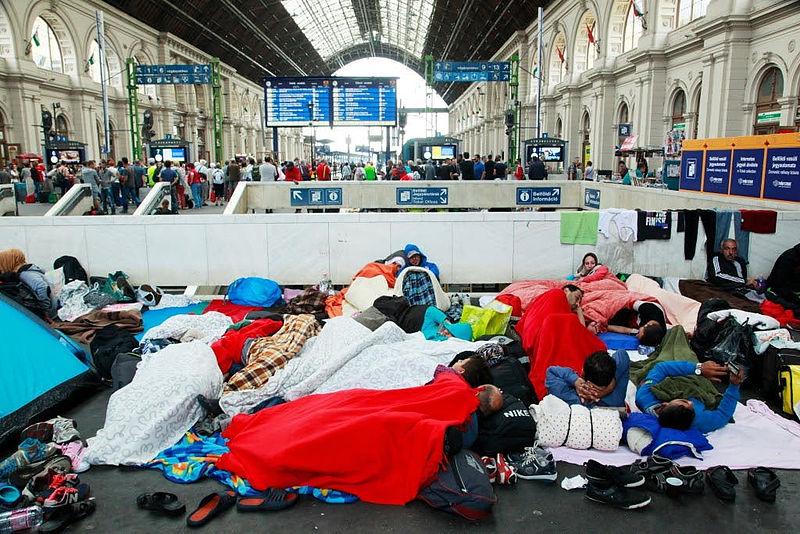UE wyraża wstępną zgodę na przyjęcie 160 tysięcy uchodźców