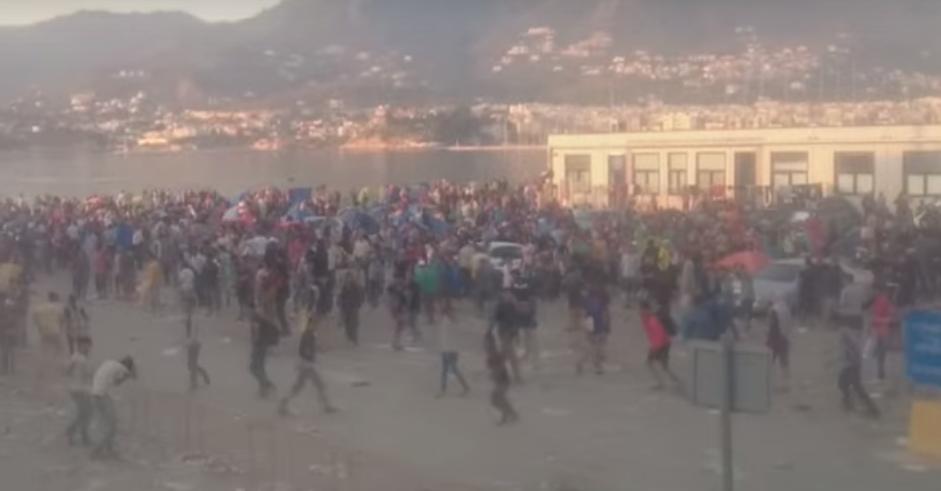 Grecja: Wielka bitwa z imigrantami na wyspie Lesbos (video)