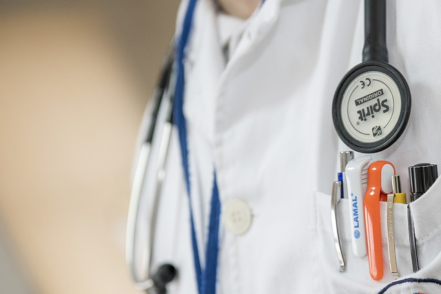 Niemcy: Kilkudziesięciu lekarzy zażyło narkotyk podczas konferencji