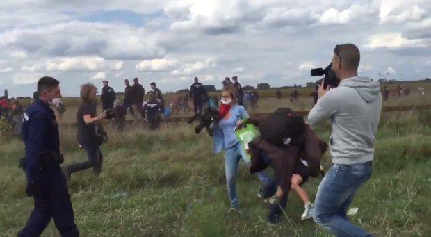 Dziennikarka wyrzucona z pracy. Podcinała uciekających uchodźców (video)