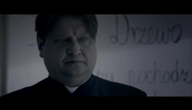 """Nowy spot Zjednoczonej Lewicy: """"Szkoły budować, księży opodatkować"""" (VIDEO)"""