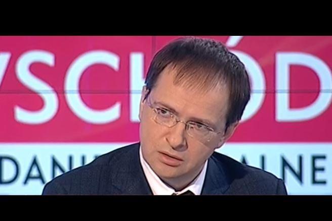 """#TVP Rosyjski minister oszołomiony: """"on nikogo nie zabił"""", dziennikarka: """"Mojego dziadka"""" (video)"""