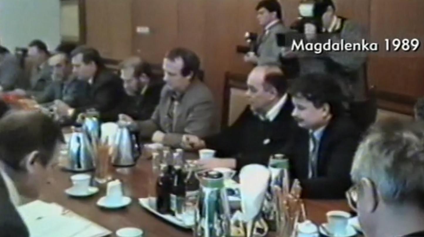 Niepublikowane materiały z Magdalenki. Na nagraniu m.in. Kiszczak, Wałęsa i Kaczyński