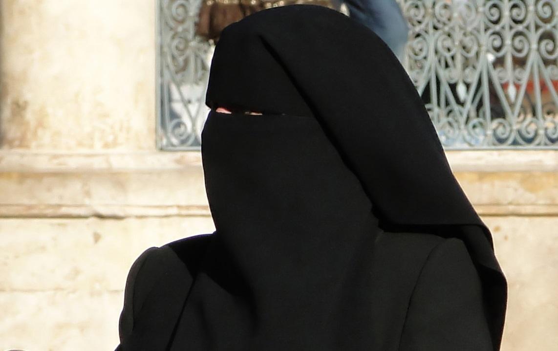 Egipt: Rząd chce wprowadzenia zakazu noszenia burek