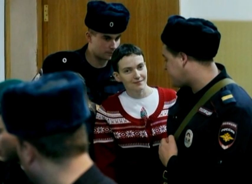 Sawczenko skazana na 22 lata pobytu w kolonii karnej. Śpiewała i żartowała na sali sądowej