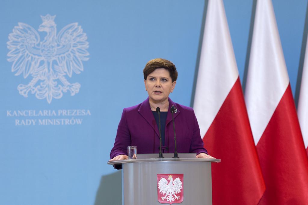 Gorąco w Sejmie. Premier Szydło: Przez rządy PO Polacy stracili 340 mld zł
