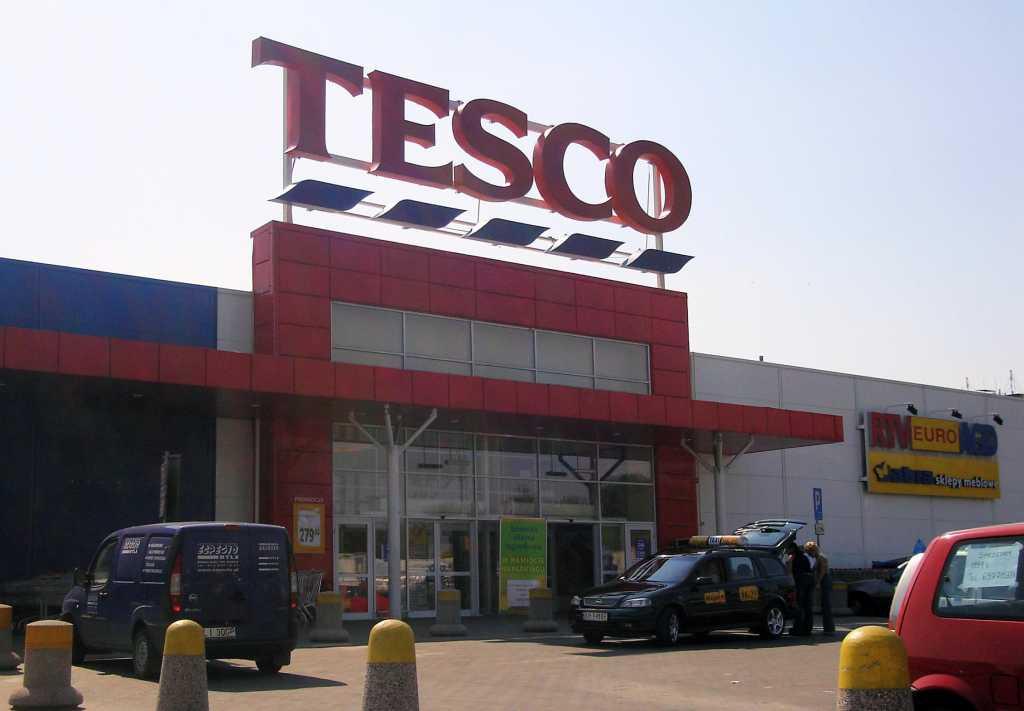 """Pracownicy Tesco wzywają do bojkotu sieci: """"Nie kupujcie u nas!"""""""