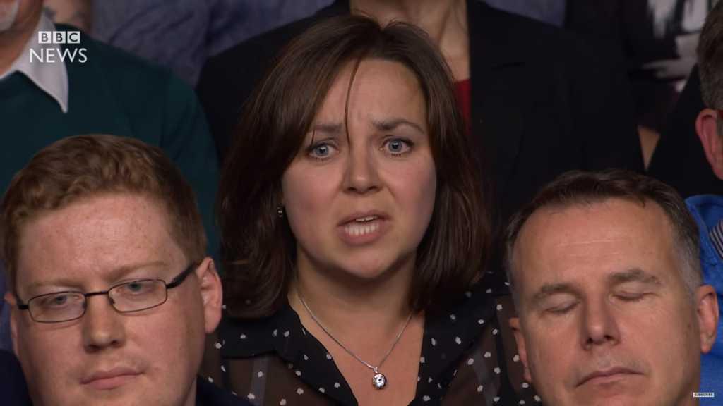 """Polka mówi w BBC jak się czuje po Brexicie. """"Dajcie mi skończyć, potem mnie wybuczycie!"""" (video)"""