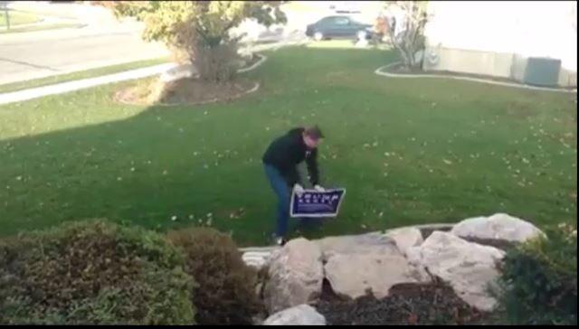 Fan Clinton kradł tabliczki Trumpa. Wpadł w pułapkę i dostał prądem (video)