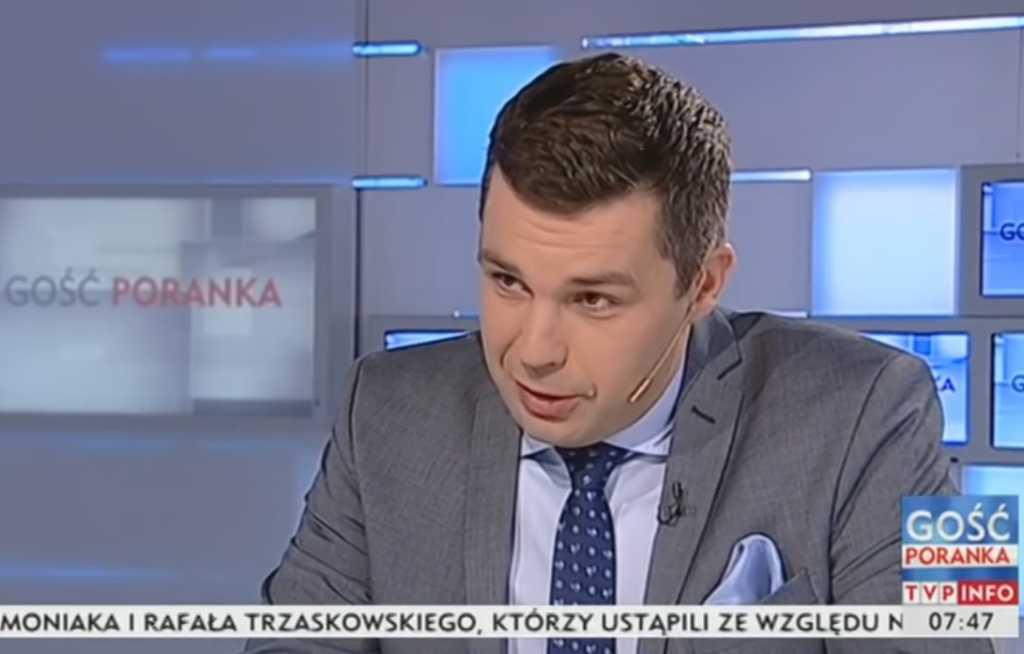 Brat dziennikarza TVP zarządza ENERGĄ. Jest filozofem